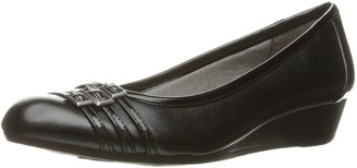 LifeStride Women's Farrow Wedge Pump