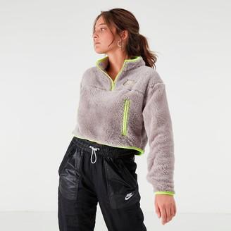 Nike Women's Sportswear Quarter-Zip Fleece Crop Top