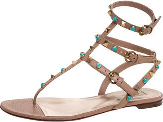 Valentino Beige Leather Thong Rockstud Sandals Size 39