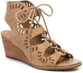 Crown Vintage Women's Maggie Wedge Sandal -Tan