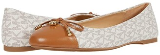 MICHAEL Michael Kors Melody Toe Cap (Vanilla) Women's Flat Shoes