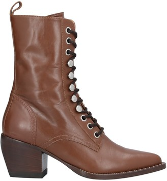 High Ankle boots
