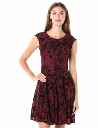 Gabby Skye Women's Cap Sleeve Round Neck Printed Flocked Lace Dress