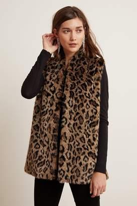 Velvet by Graham & Spencer Velvet By Graham Spencer Stephie Leopard Faux Fur Vest