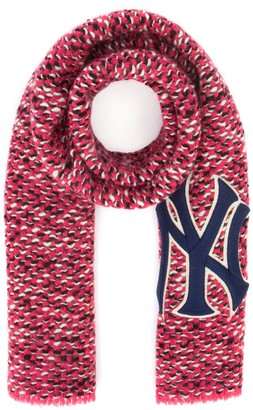 Gucci New York Yankees Patch Scarf