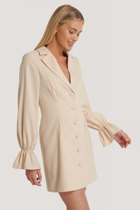 Basma & Merna X NA-KD Sleeve Details Blazer Dress
