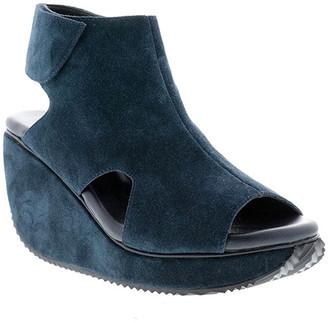 Volatile Women's Sandals NAVY - Navy Gertrude Suede Sandal - Women