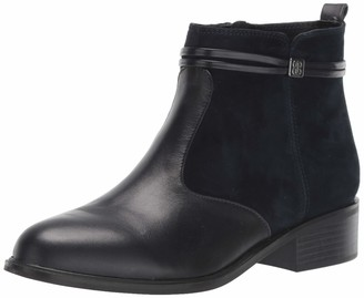 Bandolino Footwear Women's Danny Ankle Boot
