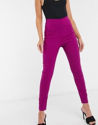 I SAW IT FIRST skinny trousers in dark pink