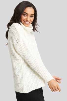 Trendyol Turtleneck Knitted Sweater