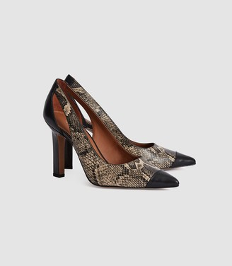 Reiss Samara - Leather Point Toe Court Shoes in Snake
