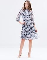 Review Cloud Nine Dress