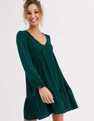 Asos Design DESIGN v neck mini smock dress with pep hem-Green