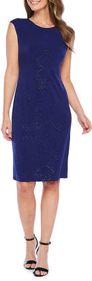 Jessica Howard Cap Sleeve Geometric Print Shift Dress