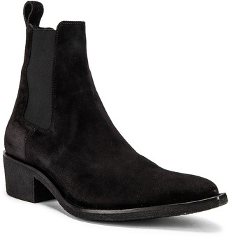 Amiri Crepe Pointy Toe Chelsea Boot in Black | FWRD