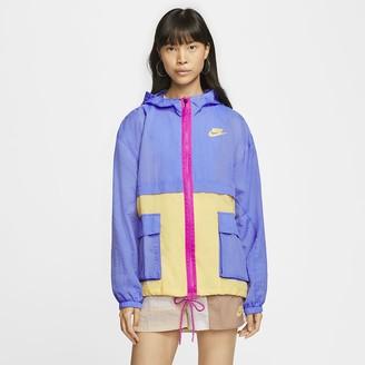 Nike Women's Woven Jacket Sportswear Icon Clash