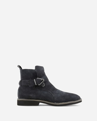 Express Vintage Foundry Grayson Chelsea Boots