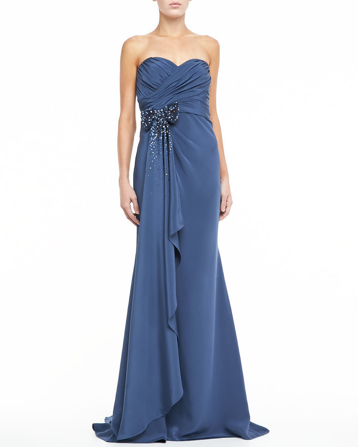 Badgley Mischka Strapless Sweetheart Trumpet Gown with Bow