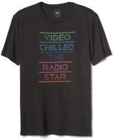 Gap Rainbow radio star crewneck tee