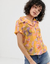 Wild Honey relaxed resort shirt in floral