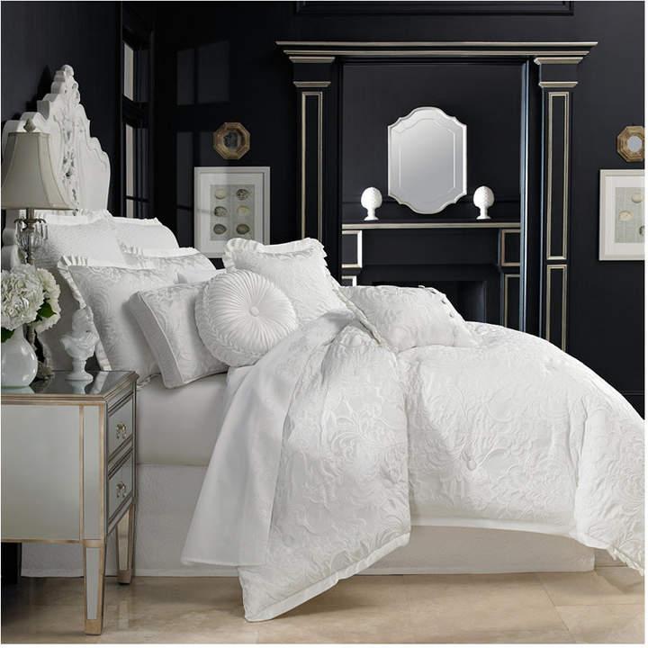 J Queen New York Carmella Bedding Collection