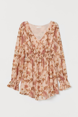 H&M MAMA V-neck blouse