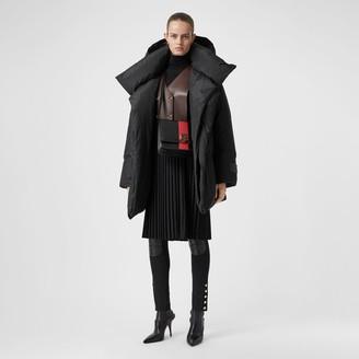 Burberry Detachabe Hood Down-fied Oversized Wrap Coat