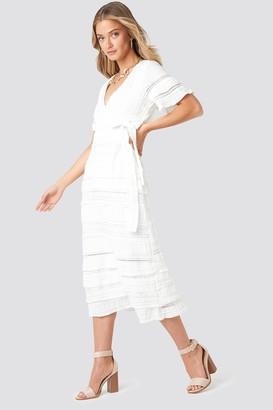 NA-KD Short Sleeve V-Neck Lace Dress White