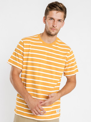 Levi's Mighty Relaxed Short Sleeve T-Shirt in Apricot