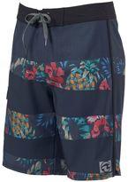 Ocean Current Men's Pineapple Board Shorts