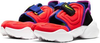 Nike Aqua Rift Sneaker