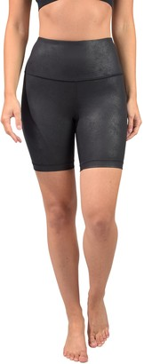 "90 Degree By Reflex Embossed High Rise Basic 7"" Biker Shorts"
