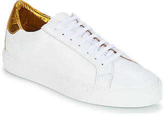 Klom KLOM KEEP women's Shoes (Trainers) in White