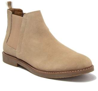 Steve Madden Hilow Suede Chelsea Boot