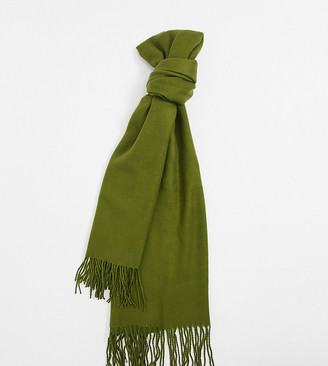 Reclaimed Vintage inspired unisex blanket scarf with logo tab in khaki