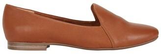 Wide Steps Castle Cognac Glove Flat Shoes