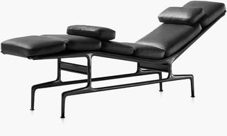 Design Within Reach Eames Chaise