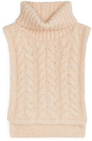 Thumbnail for your product : Arket Chunky Cable-Knit Bib