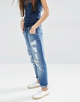 Tommy Hilfiger Claire Cropped Distressed Grilfriend Jeans