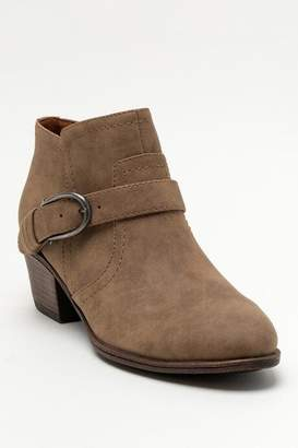 Indigo Rd Clarice Western Buckle Ankle Boot - Taupe
