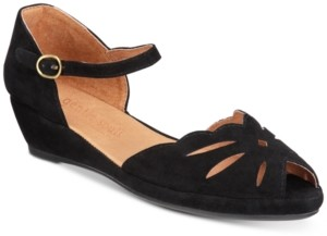 Gentle Souls by Kenneth Cole Women's Lily Moon Sandals Women's Shoes