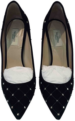 Valentino Rockstud Spike Black Velvet Heels