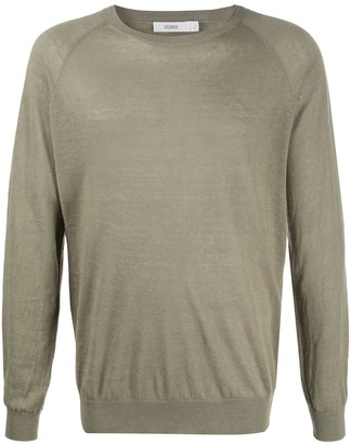 Closed Long Sleeve Pullover