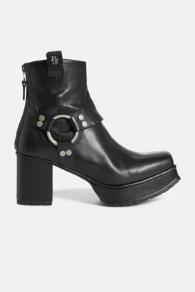 R 13 Ankle Harness Half Platform Boot