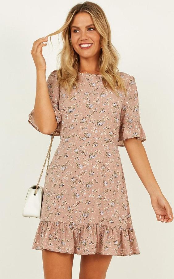 Showpo Only The Best Dress in mocha floral - 4 (XXS) Dresses