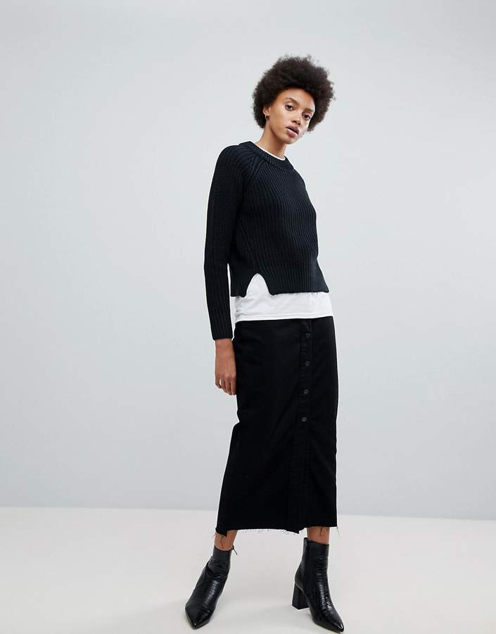 Venla step hem button from maxi skirt