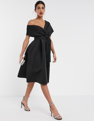 Asos Design DESIGN fallen shoulder midi prom dress with tie detail in black