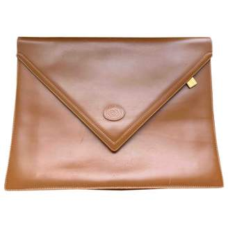 Gucci Brown Leather Clutch bags