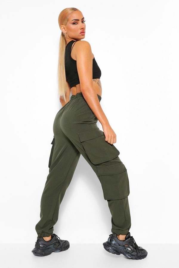 Thumbnail for your product : boohoo Cargo Pocket Woven Joggers