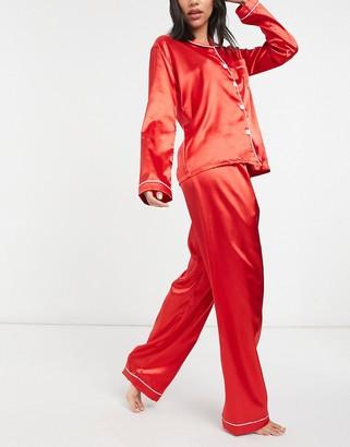 NIGHT satin shirt and pants pyjama set in red